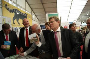 """""""Spielverderber"""" Ex-OB. Georg Rosenthal erklärt uns die Landesgartenschau ..."""