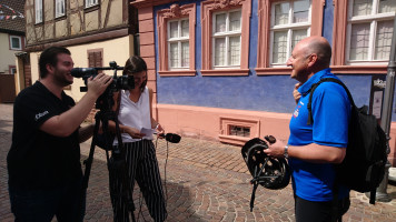 Station 3: Interview mit TVtouring vor dem Franck-Haus