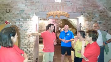 Station 5: Besuch und Führung durch das Weingut Huller in Homburg